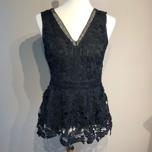 Francesca's Lace VNeck Zipper Back Blouse Size M